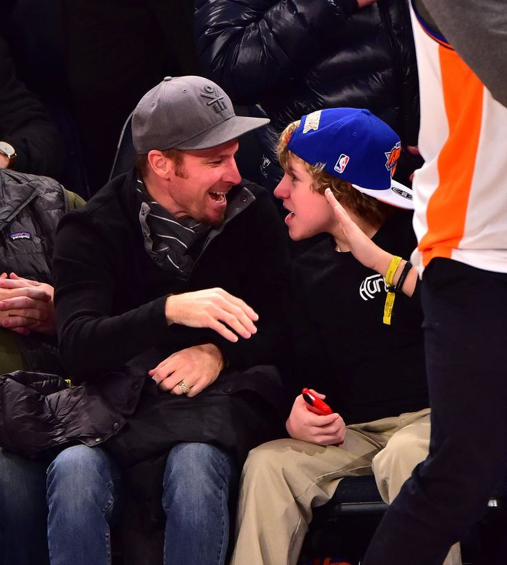 Brian Littrell and Son at Knicks Game January 2016 | POPSUGAR Celebrity