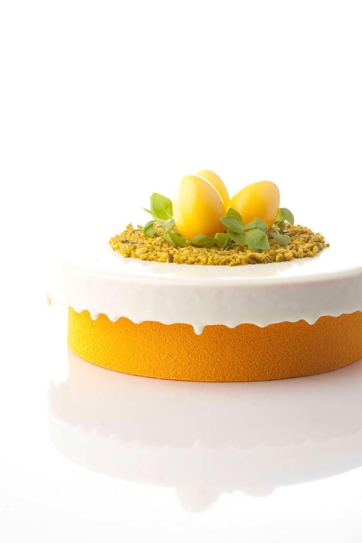 Glitter Egg Yellow (http://www.dobla.com/product/696/glitter_egg_yellow.html)