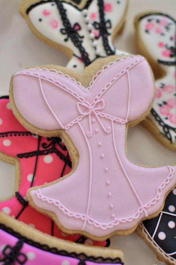 Cette liste est pour 12 pièces de Corset en forme de cookies. Chaque cookie corset est environ 4 x 5 pouces de taille. Elles sont énormes ! Ils