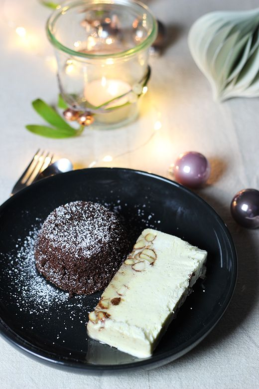 Vegetarisches Weihnachtsmenü, Nachspeise: Maronenküchlein mit Gebrannte-Mandel-Parfait, Holunderweg18