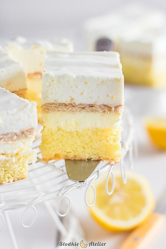 Ciasto cytrynowe z kremem i pianką