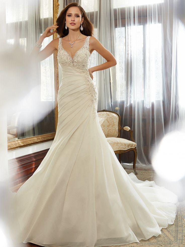 154 best V-neck dresses images on Pinterest | Short wedding gowns ...