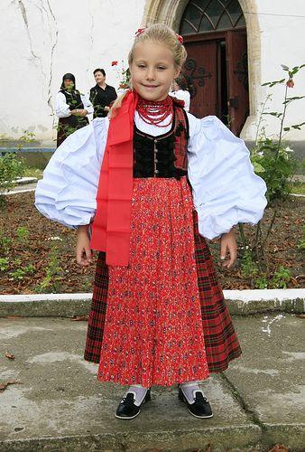 Sic, Cluj County, Transylvania: Hungarian folk costume