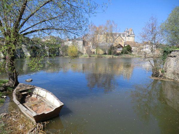Le lavoir à Durtal(Maine-et-Loire) - Vers les Chemins de l'Anjou.