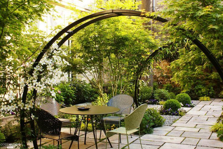 Les 25 meilleures id es de la cat gorie arche jardin sur for Jardin xavier de chirac