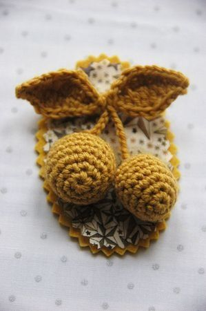 Little crochet brooch