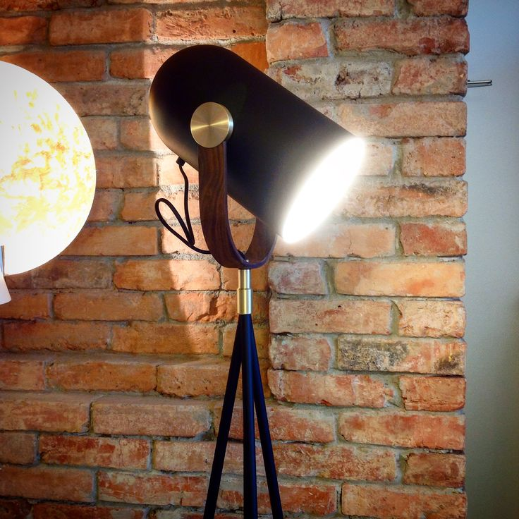 A newbie in our showroom! And he's bound to be the hottest boy in town... #leklint #floorlight
