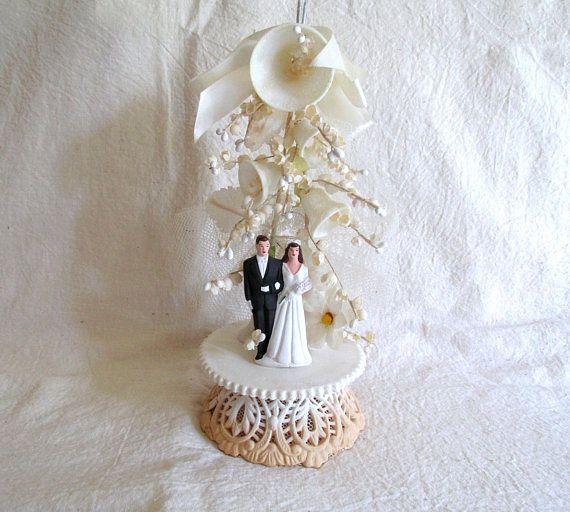 Vintage Cake Topper Wedding Cake Topper Bride and Groom