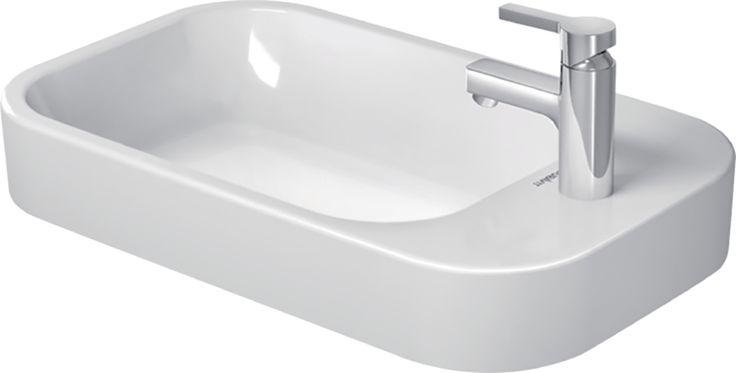 Cette vasque Happy D.2 présente les caractéristiques suivantes : - Vasque à poser. - Meulée. - Avec trop-plein. - Avec plage de robinetterie. - Fixations incluses. - Cache trop-plein chromé inclus.