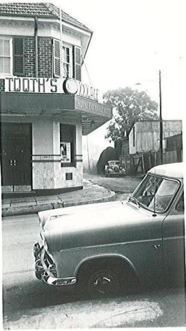 Royal Exchange Hotel Windsor NSW 1950s
