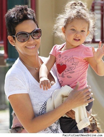 halle berry and beautiful daughter nahla