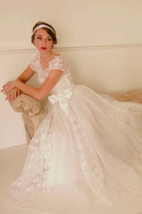 Hazy's DressVintage Gowns, 1940S Eyelet, Wedding Dressses, Lace Wedding Dresses, 40S Style, Vintage Dresses, Vintage Bridal, Vintage Wedding Dresses, Lace Dresses