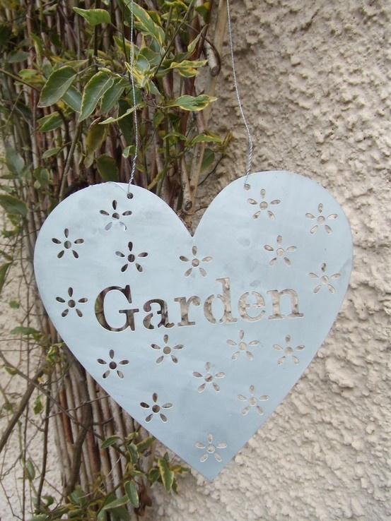 Shabby chic your garden.