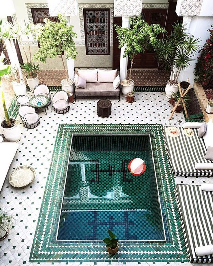 awesome 99+ Moroccan-inspired Summer Soiree Set Up http://www.99architecture.com/2017/03/03/99-moroccan-inspired-summer-soiree-set/