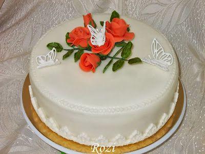 Rozi Erdélyi konyhája: Szülinapra,rózsás,pillangós