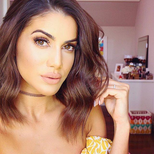 """""""Como eu enrolei meu cabelo mais curto ?! Isso está no meu blog agora! —- ——…"""