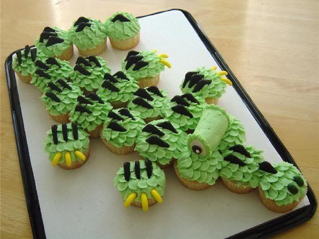 aligator bucket | handmade cards, cakes, cookies, & cupcakes: Alligator Cupcakes