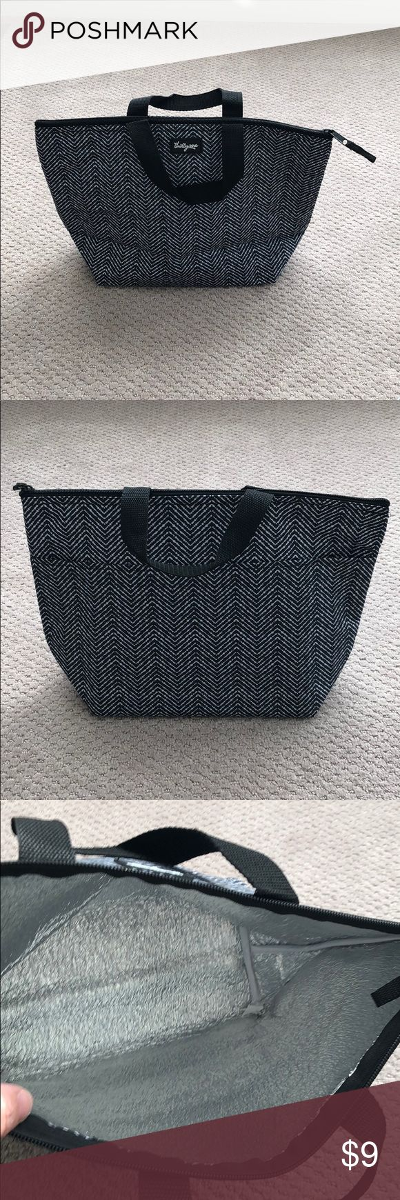 Thirty-one lunch bag, brand new! Thirty-one lunch bag, brand new! thirty-one Bags