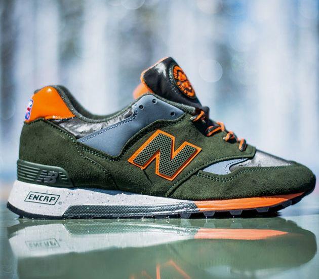 New Balance 577 – Olive / Orange