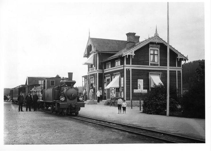 Bergsjö station ca 1910 Norra Hälsinglands Järnväg lok 1