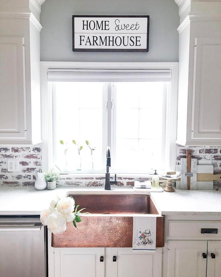 "10.3k Likes, 148 Comments - Better Homes & Gardens (@betterhomesandgardens) on Instagram: ""@farmhousechic4sure has just helped us realized our ultimate kitchen dreams... a copper…"""