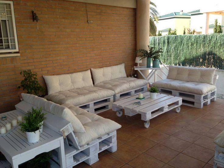 hermoso y amplio juego de sillones para tu porche oh jardin hecho con tarimas