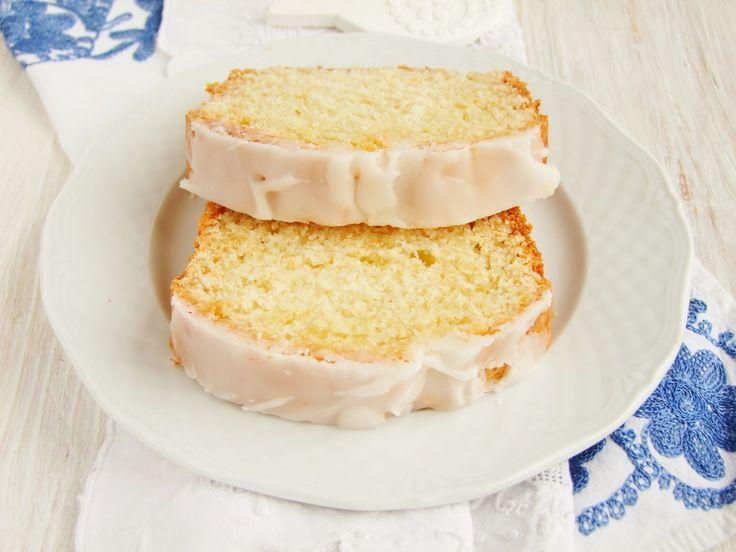 Jogurtowe ciasto kubeczkowe…