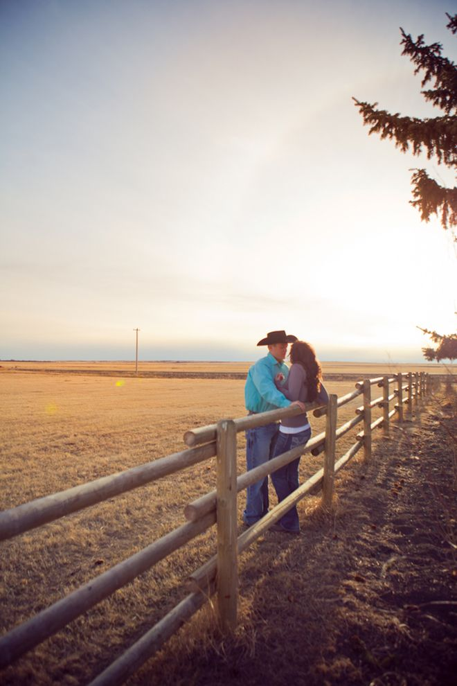 Cowboy Love | Engagement Session