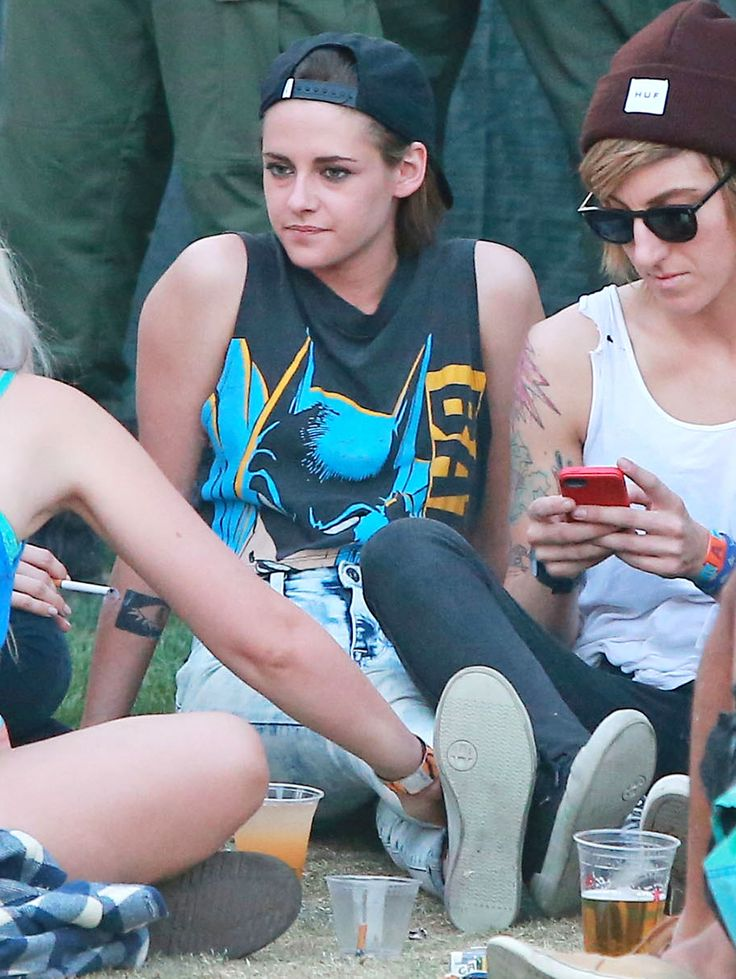 Kristen Stewart and Alicia Cargile Kick Back and Relax at Coachella
