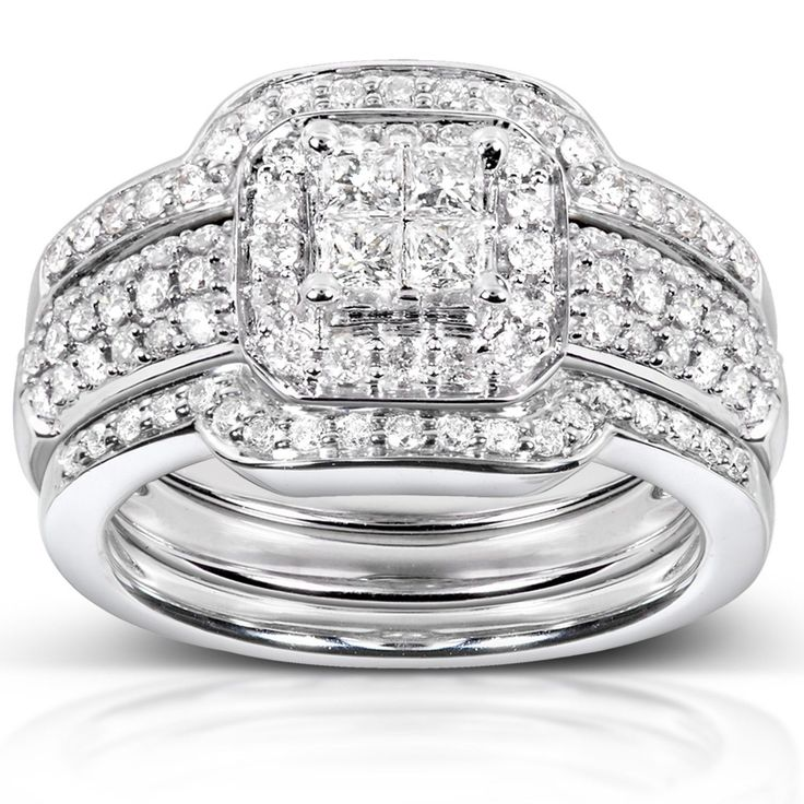 Show her she is special with this brilliant diamond bridal set. It ...