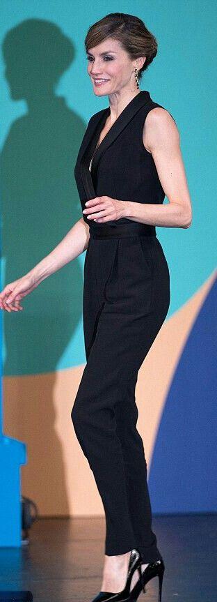 Queen Letizia - Hugo Boss'Duxida' jumpsuit - Prada patent-leather pumps