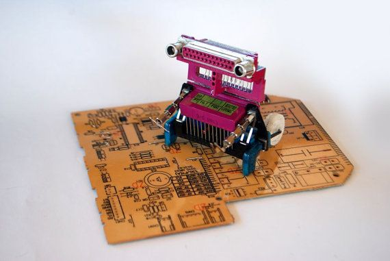 Fuchsia Li O Tsa by Phygitales on Etsy,   #robots, #phygitales, #Phyci_Digi_Land, #animation, #comics, #art, #sculpture, #recycled_PCB, #recycled_electronics, #figurine, #recycled_computer, #Recycled_Circuit_Board, #computer_parts, #recycled_electronics, #recycled