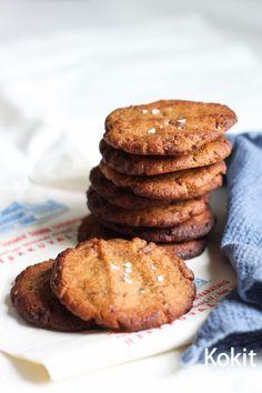 Maapähkinävoi-suklaakeksit - Peanut butter chocolate chip cookies (in Finnish) | Kokit ja Potit -ruokablogi