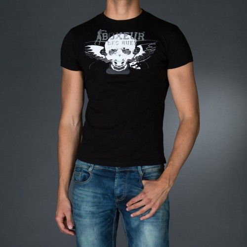 Treated round neck t-shirt in slub jersey.Big print on front and logo print on back.  € 26.90 SALE > € 17.90