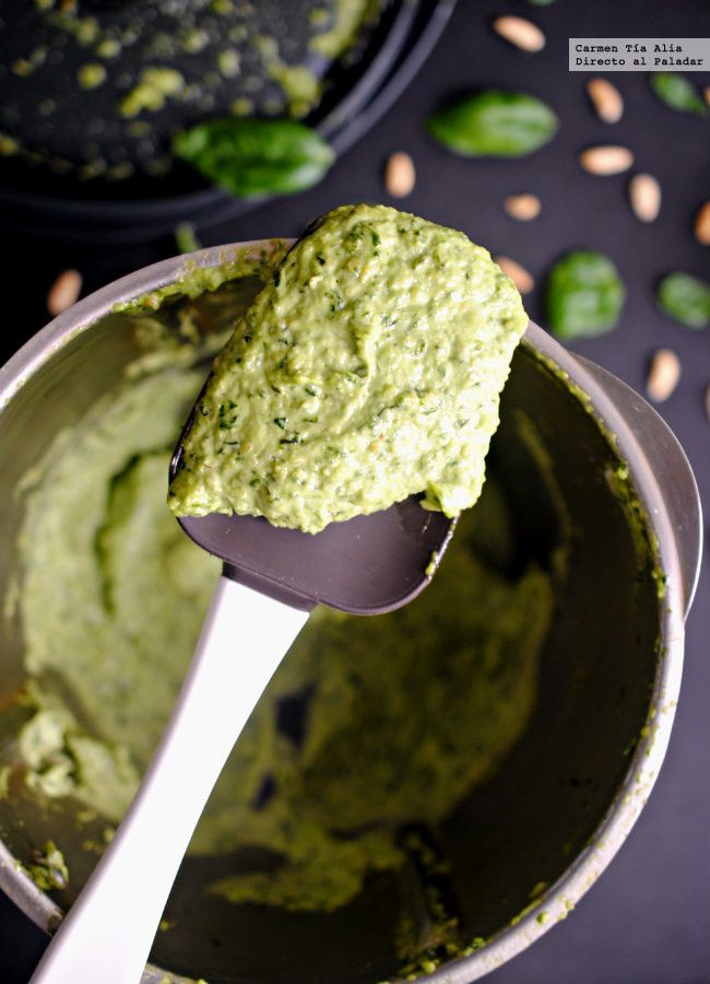Pesto de albahaca. Receta tradicional italiana #recipe #salsas #sauces