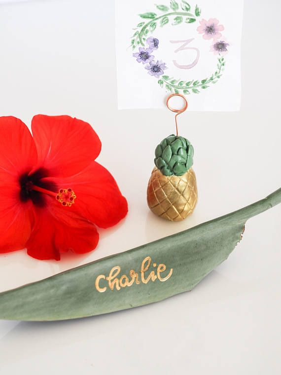 Pineapple wedding place card holder - an ideal addition to a tropical wedding decor