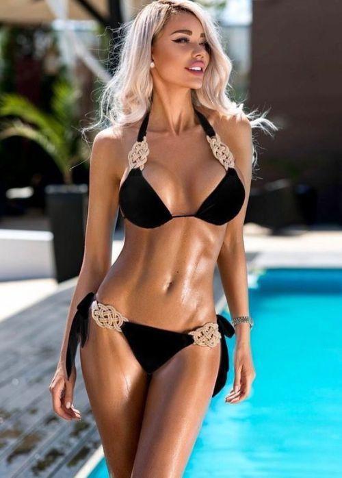 Celebrity bikini wax