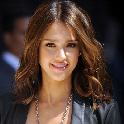 Jessica Alba Biography - Facts, Birthday, Life Story - Biography.com