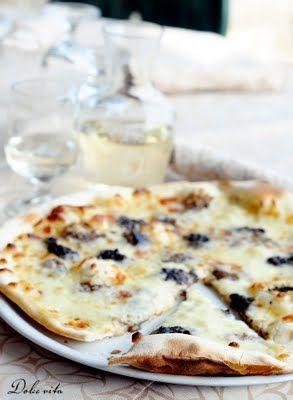 Vargányás pizza