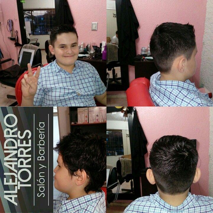 #Cortecaballeros #undercut #barbershop #fade #moda #estilos #chicano #estilohaircut #dubai #ritualafeitado #caballero #barbon #hipster #estilourbano #urbanstyl #salon_barberia #mexico 🇲🇽 #villahermosa #tabasco #teñir #capilar #tanqueelevado #salon #peluquero #peluqueria #barberia  #barbershop #salon_barberia  #hashtag #ActitudAlejandroTorres citas 9932309071