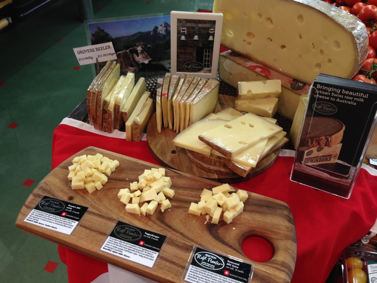 Tasting at Leo's in Kew last Saturday. On the menu was the Emmental, the Gruyere and the Toggenburger.
