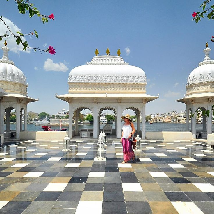 Liz.........In Udaipur (India) one of the hotel's we stayed at was the Taj Lake Palace. Photo by @travelplusstyle