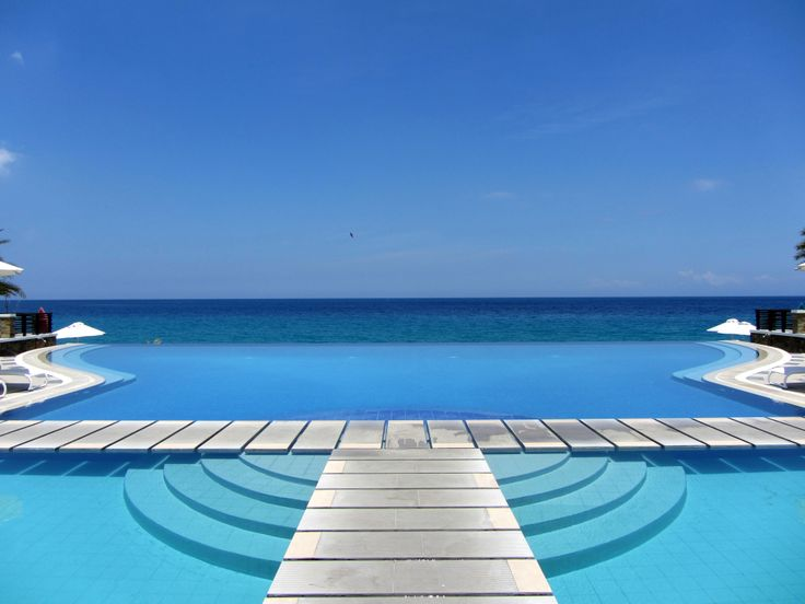 20 Best Images About Swimming Pools With Spectacular Views On Pinterest Tanzania Rooftop Pool