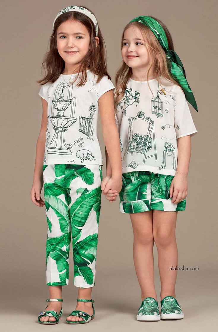 ALALOSHA: VOGUE ENFANTS: Must Have of the Day: Rocking Banana Leaf this summer with Dolce&Gabbana