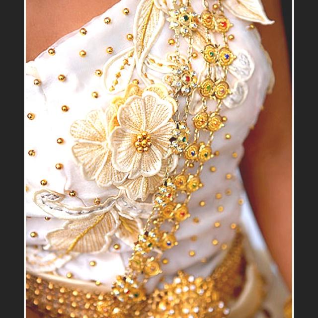 Traditional Cambodian wedding dress :) Beautiful embroidery