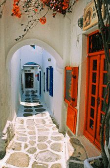 Our Colorful Heritage . . . Even Permeates Our Personalities = Colorful Gregarious Greeks!!  <3