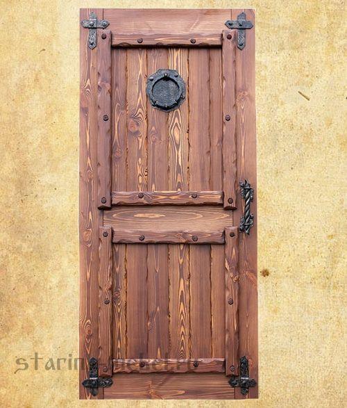Двери под старину деревянные из массива сосны, купить недорого в Москве.