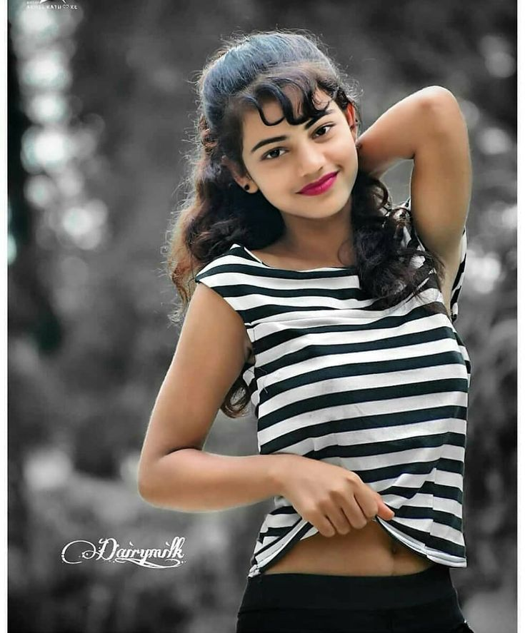 Desi Actress Pictures And Photos, Latest  Stylish Girl -7048