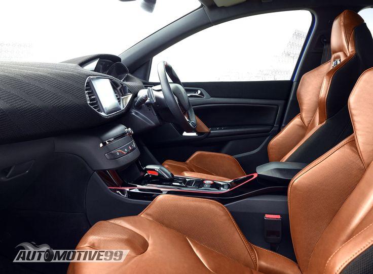 Interior 2015 Peugeot 308 R Hybrid