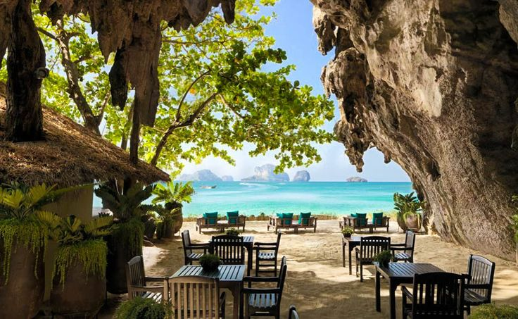 Planning a trip to Thailand soon? Make sure the island of Krabi is on your list!